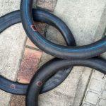 久々にタイヤ交換したらチューブをパンクさせまくった話